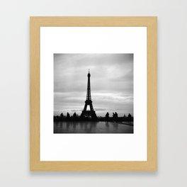 la tour Eiffel Framed Art Print