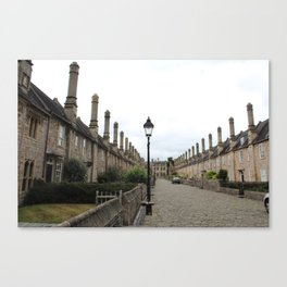 Wells Cathedral Classic/historic/old houses and side street in England Canvas Print