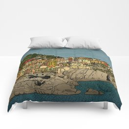 Of Houses and Hills Comforters