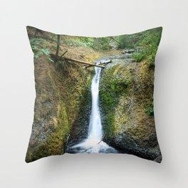 Middle Oneonta Falls Throw Pillow