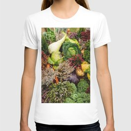 Vegetable pattern T-shirt
