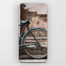 Bone Shaker iPhone Skin
