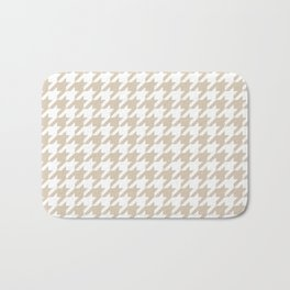 Houndstooth: Beige & White Checkered Design Bath Mat