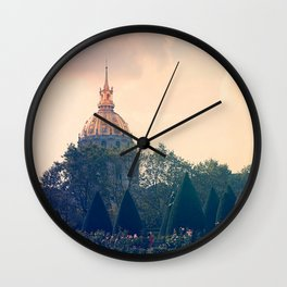 An Afternoon in Paris, 2 Wall Clock