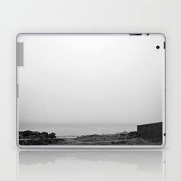 Reykjavík shore 2 Laptop & iPad Skin
