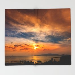 A Sunrise Glow Throw Blanket