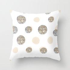 POIS CHIC WHITE Throw Pillow