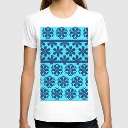 Japanese Style Floral Motif Kimono Pattern Blue T-shirt