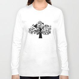 :) animals on tree Long Sleeve T-shirt