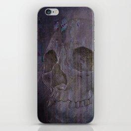 Broken Skull 1 iPhone Skin