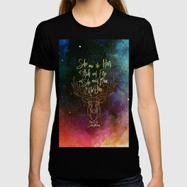 She was the heir of ash and fire and she would bow to no one. Aelin T-shirt