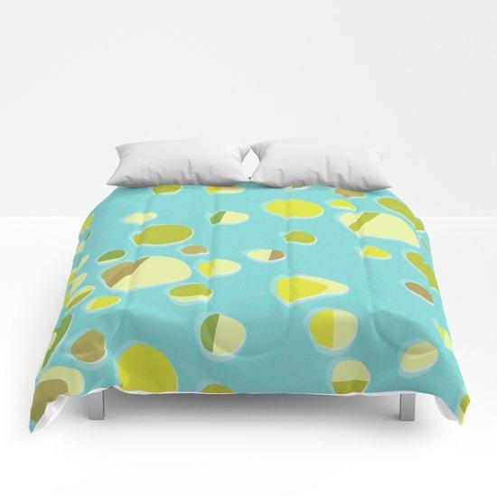 retro islands Comforters