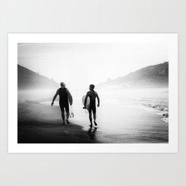 Surfers bond Art Print