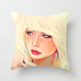 Meuf blonde Throw Pillow