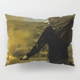 Don't Look Back Pillow Sham