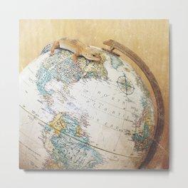 Globe-Trotting Gecko Metal Print