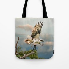 Osprey with nesting material Tote Bag