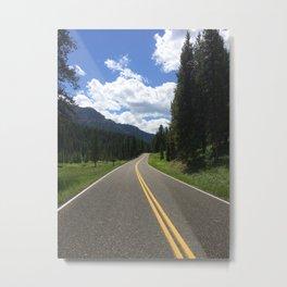 Yellowstone Roadway Metal Print