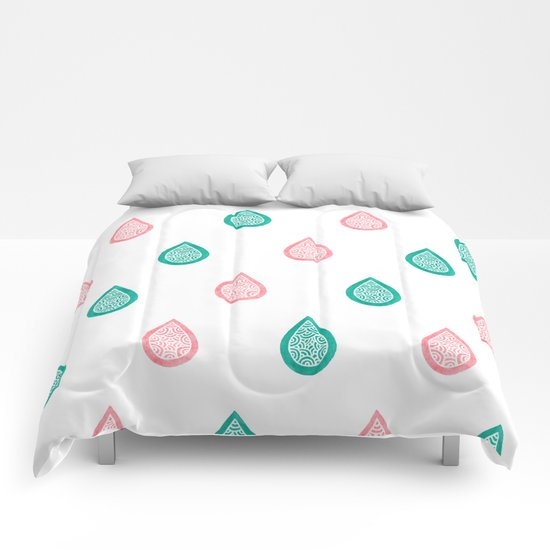 Turquoise and coral raindrops Comforters