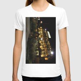 Dickens inn Pub  T-shirt