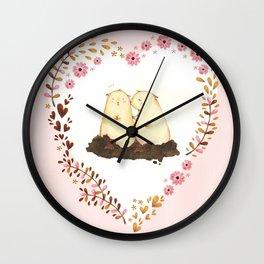 kiss ! Wall Clock