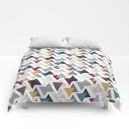 Scatter triangles Comforters