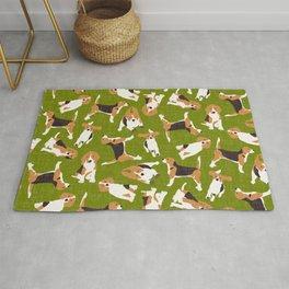 beagle scatter green Rug