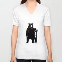 snowboard V-neck T-shirts featuring Bear on snowboard by SpazioC