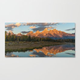 Sunrise On The Snake River Canvas Print