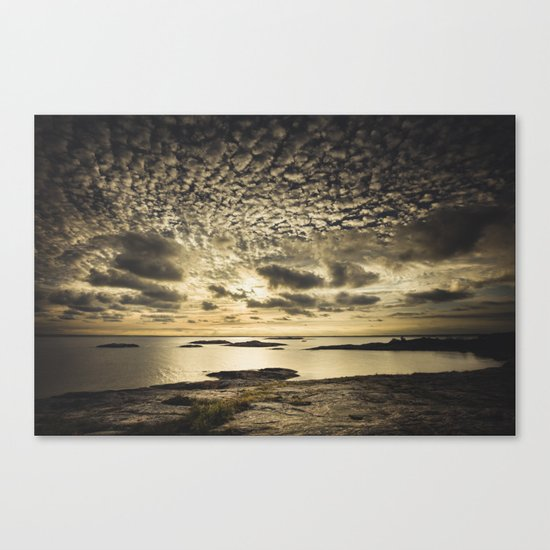My perfect loneliness Canvas Print