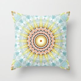 Mandala wintersun Throw Pillow
