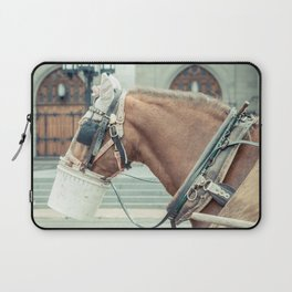 Montreal Taxi 2 Laptop Sleeve