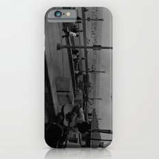 A Lone Traveller  iPhone 6s Slim Case