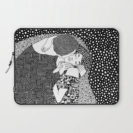 Gustav Klimt - The kiss Laptop Sleeve