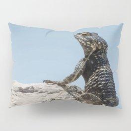Lizard Sunbathing On A Rock Vector Pillow Sham