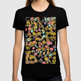 LOLA - abstract art painting modern trendy colors, gold foil, dots pattern decor T-shirt