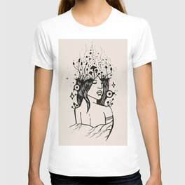 Queen of Spores T-shirt