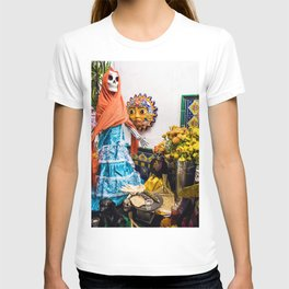 Day of the Dead Altar with Skeleton Lady in Blue Dress and Orange Shawl T-shirt