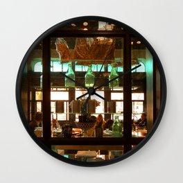 Un Café y Croissant, Por Favor Wall Clock