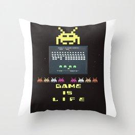 Game retro vintage art poster Throw Pillow