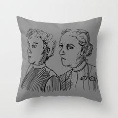 Frauen Throw Pillow