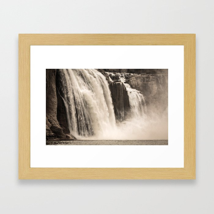 Shoshone Falls in Twin Falls, Idaho Framed Art Print