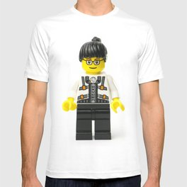 Lady Minifig with oxygen on her shirt T-shirt