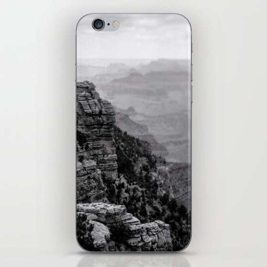 Grand Canyon in Black and White by peoniesandsteel