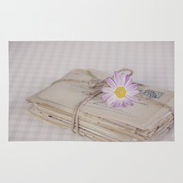 Shabby Chic Old Letters And Daisy Rug