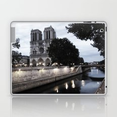 the hunchback of notre dame - seine Laptop & iPad Skin