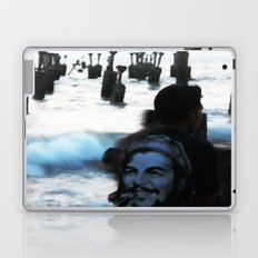 Che by the sea Laptop & iPad Skin