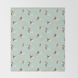 Waikiki beach Throw Blanket