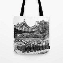 Hanok & Kimchi Pots_Korea Tote Bag