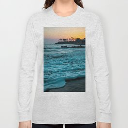 Wavy Waters In California In The Summer Long Sleeve T-shirt